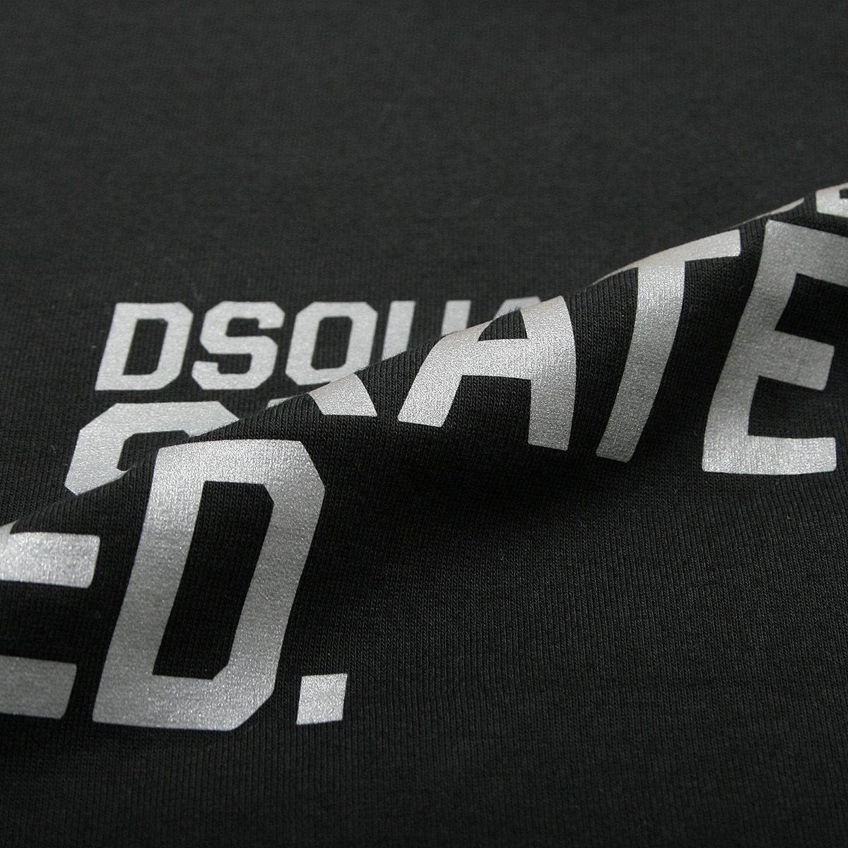DSQUARED2 (ディースクエアード) 綿100% ロゴプリント クルーネック 長袖 Tシャツ 【D2GD0094S22427】
